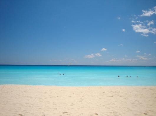 O mar de Cancún (Foto: Priscila Dal Poggetto)