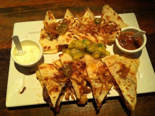 Quesadillas de queijo e carne (Foto: Priscila Dal Poggetto)