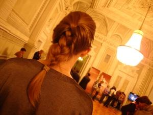 Tranças para a ópera no Teatro Mariinsky (Foto: Priscila Dal Poggetto)