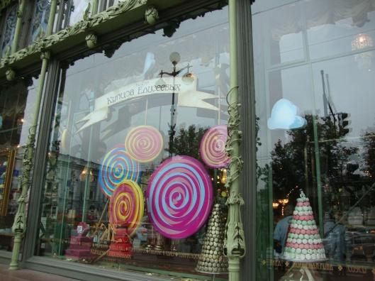 Vitrine da loja do Willy Wonka russo (Foto: Priscila Dal Poggetto)