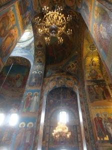 Interior da Catedral do Sangue Derramado, em São Petersburgo (Foto: Priscila Dal Poggetto)