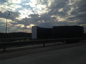 Fim de tarde em Belo Horizonte a caminho do aeroporto (Foto: Priscila Dal Poggetto)