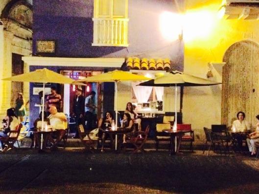 A encantadora esquina do Tabaco & Ron (foto: Priscila Dal Poggetto)