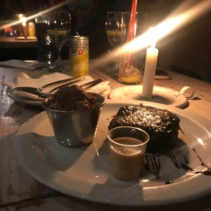 Brownie com shot de Amarula do PataPata