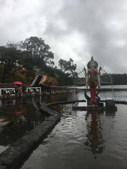 Templo no Lago Talao (3)